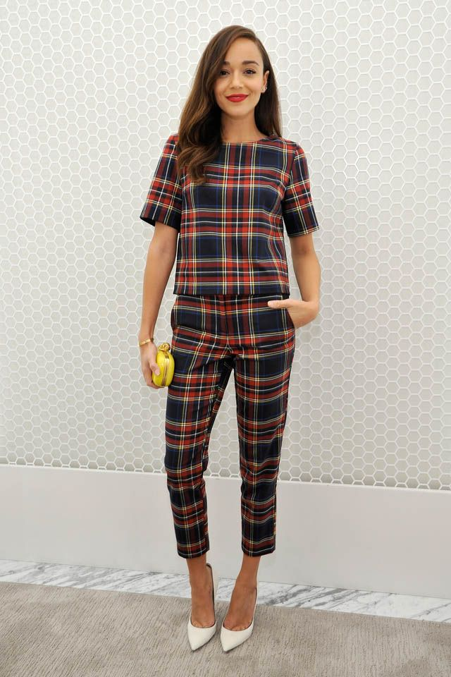 25  best ideas about Plaid pants outfit on Pinterest | Plaid pants ...
