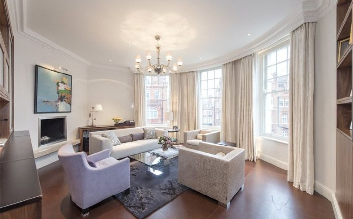 Cadogan Gardens London, SW3 2RW  2340 sqft, third floor flat, needs work, room to dressing room, study, guest bedroom, breakfast and dining room/ living room + reception room, $5.995m GBP or $9.95m. Belgravia (Sloane square).