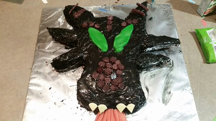 Fire breathing Maleificent dragon cake