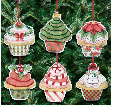 cupcakechristmasornamentcrossstitch: Counted Crosses Stitches, Cross Stitch Kits, Counted Cross Stitches, Cupcakes Ornaments, Crossstitch, Ornaments Counted, Crosses Stitches Kits, Christmas Cupcakes, Christmas Ornament