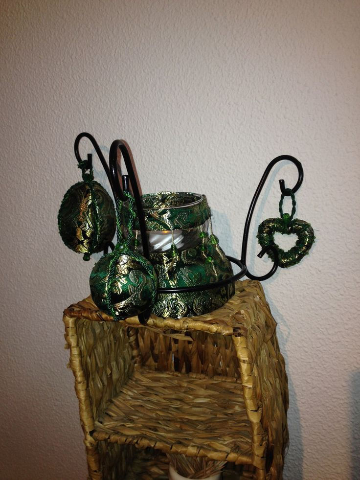 Art 4 - Dekoration grön siden med ljus - Seda verde decoración con vela  http://marinas-tienda-de-artesanias.myshopify.com/