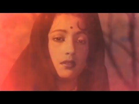 Chup Gaya Koi Re - Suchitra Sen, Champa Kali Song