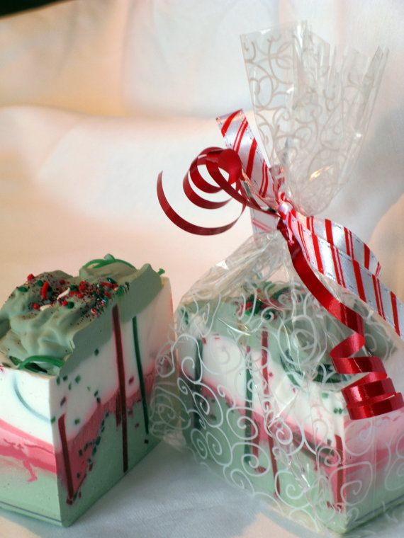 Creamy Peppermint Soap. Great idea for a Christmas gift.
