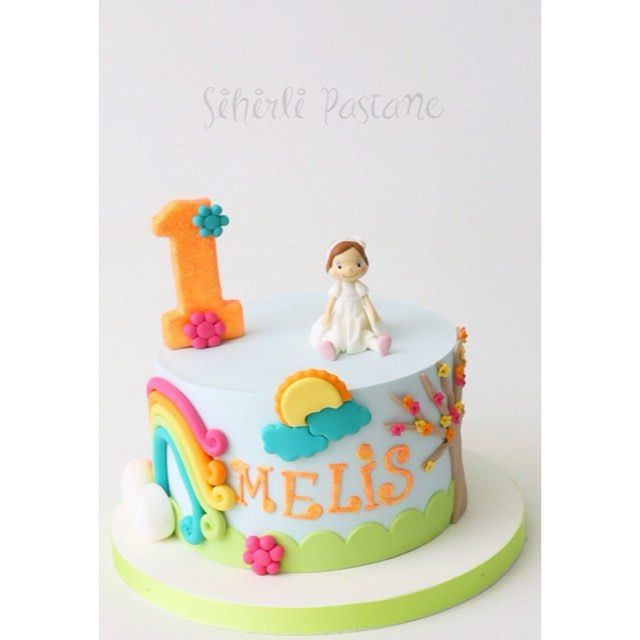 Renkli 1 Yaş Pastası ❤️ #butikpasta #butikkurabiye #instababy #instabday #instacake #instagood #instalike #cake #cakestagram #caketopper #baking #istanbul #istanbulpasta #newmom #newbaby #newborn #colorful #pastakursu #pastadersi #porcelanafria #firstbday #kızbebek #tortas #kuchen #summer #decoratedcake #sugarcraft #sugarart