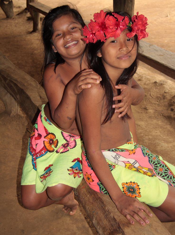 Naked panamanian women
