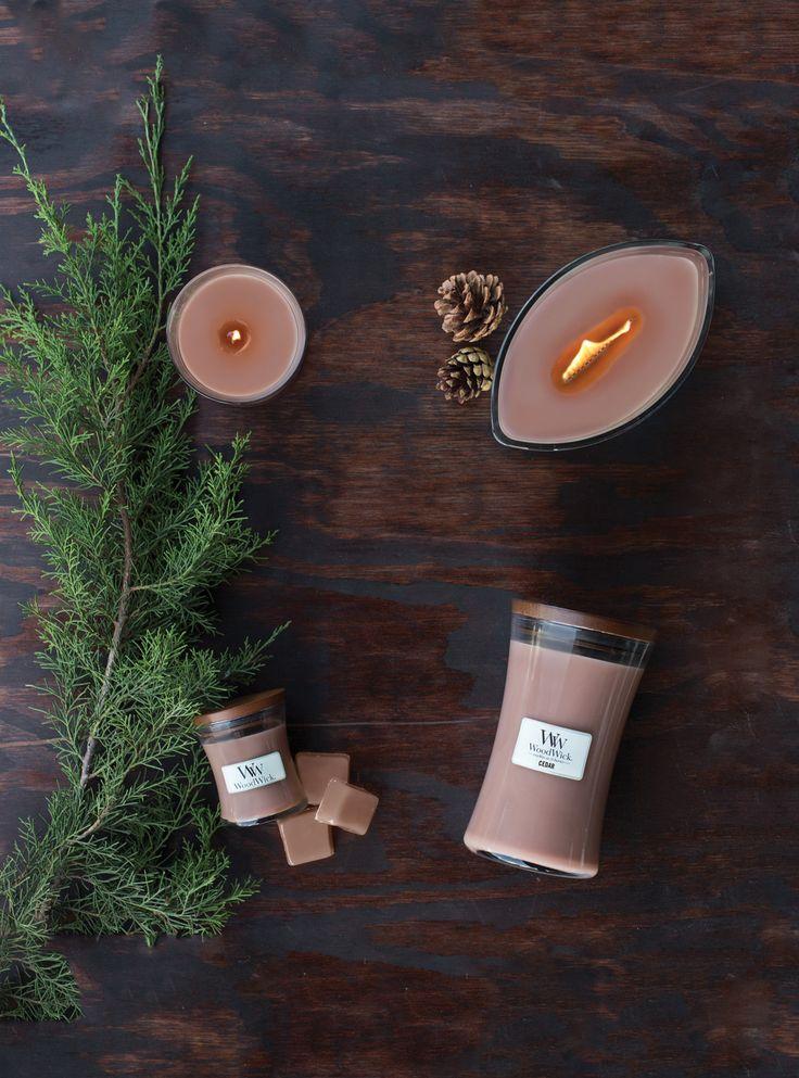 Świece świąteczne  / Christmas candles Wood Wick Cedar Down