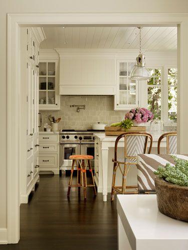25 best dutch colonial ideas on pinterest dutch for Colonial revival kitchen design