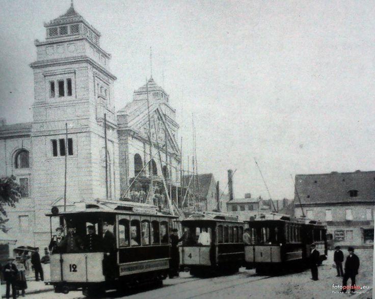3 lipca 1896 - pierwszy dzień eksploatacji tramwajów elektrycznych w Bydgoszczy. Trwa także budowa Teatru Miejskiego.