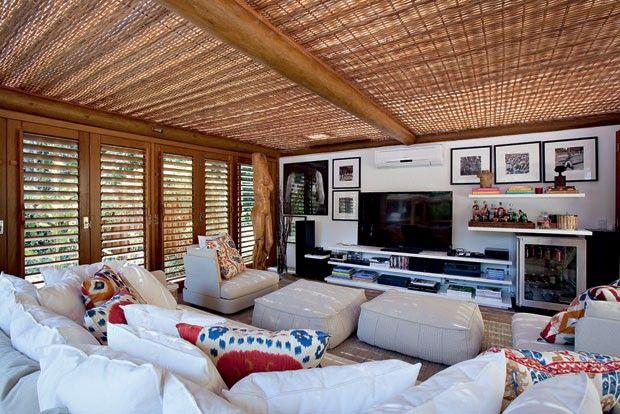 Casa Vogue BR -  David Bastos em Trancoso.