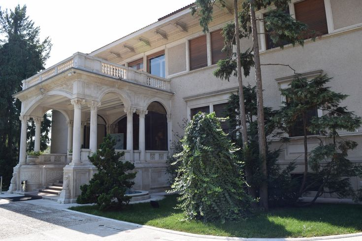 Le Palais du Printemps, ancienne demeure de la famille Ceausescu vient d'ouvrir ses portes au public, venez le visiter, elle est à Bucarest !