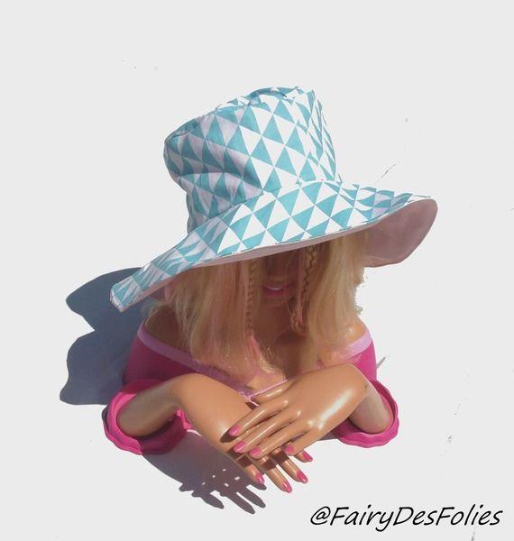 *reservée* Capeline chapeau enfant reversible coton vintage turquoise et rose layette