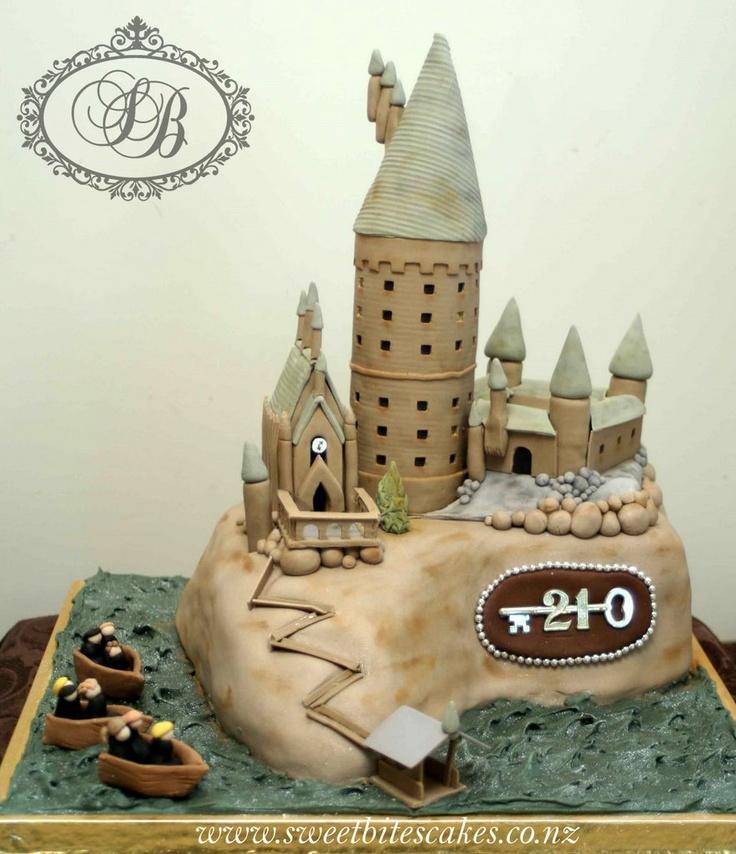 Cool Hogwarts Castle Cake