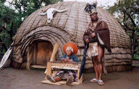 Zulu woman weaving, Lesedi Cultural Village