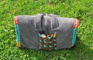diy beach towel bag summer project with pockets