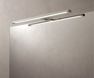 Luminaria de luz LED y ancho 50 cm. Certificado de calidad IP44 Class II. #baño #diseño #bathroom #design Antalia, mucho más que cocinas.