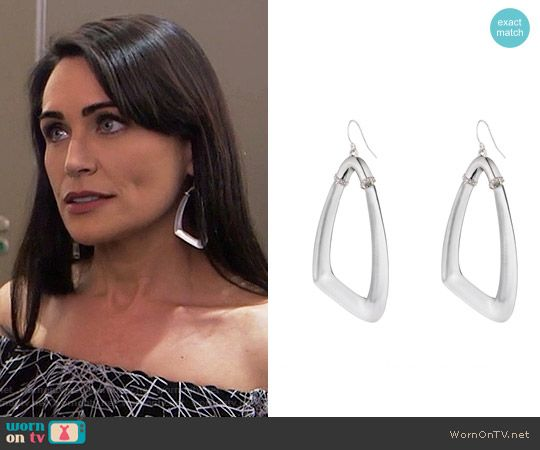 Quinn's earrings on The Bold and the Beautiful.  Outfit Details: https://wornontv.net/67532/ #TheBoldandtheBeautiful