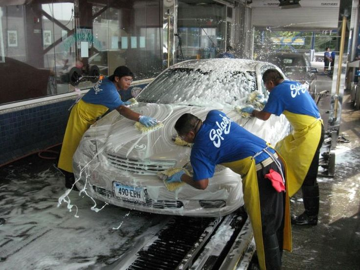 Hand Car Wash vs. Automatic Car Wash  #handcarwash #carwash #automaticcarwash #carwhoops