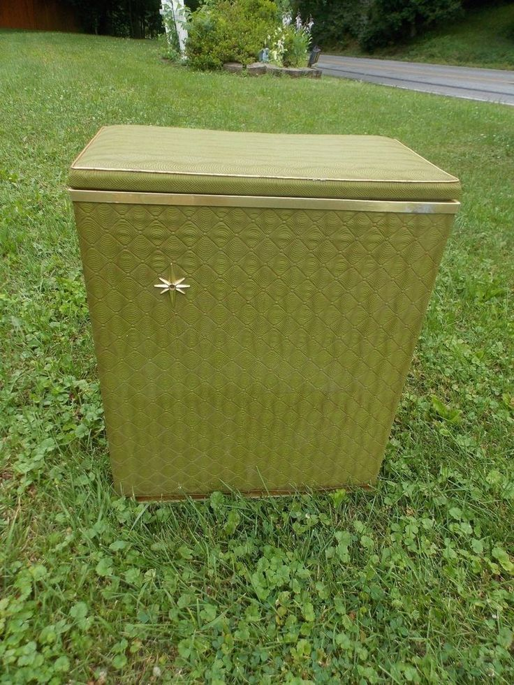 Vintage Midcentury DETECTO Clothes Laundry Hamper Basket Retro Green RETRO