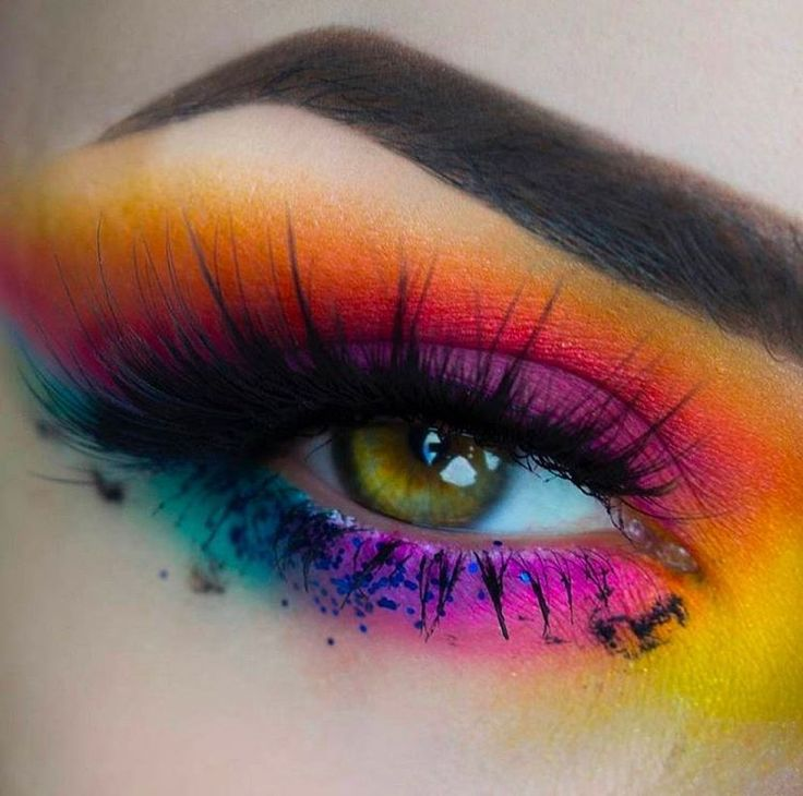 We HAD to repost this beautiful image of @lola_artistry eye! You make us want to wear the Radioactive stack everyday!!!  #Meltradioactive #meltcosmetics