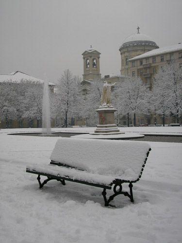 Torino imbiancata. Piazza Cavour@Bernardi Paolo