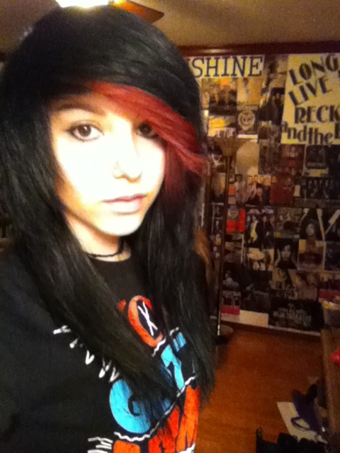 #black  #red #dyed #scene #hair #pretty