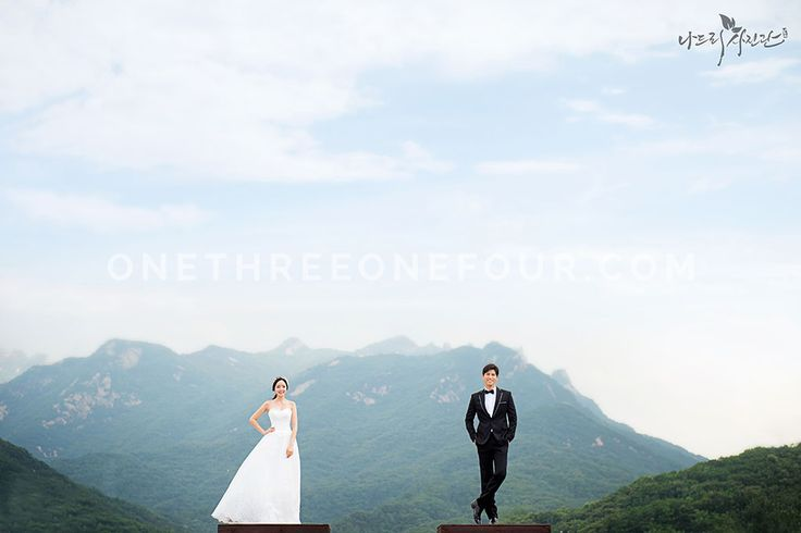 Korean Studio Pre-Wedding Photography: Forest (Outdoor) by Nadri Studio on OneThreeOneFour 15