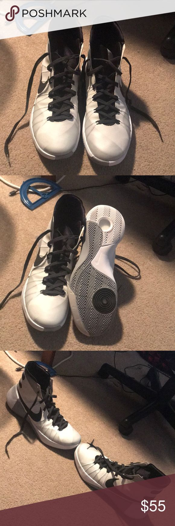 NIKE HI TOP HYPERDUNK 2015 Worn a couple times, still in great condition, no box but will negotiate. Nike Shoes Athletic Shoes