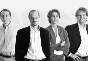 www.consiglioabrasivi.com Consiglio abrasivi è un'impresa famigliare. Nel pieno della nostra terza generazione operiamo nel mercato degli abrasivi flessibili dal 1939: da 75 anni di esperienza al vostro servizio
