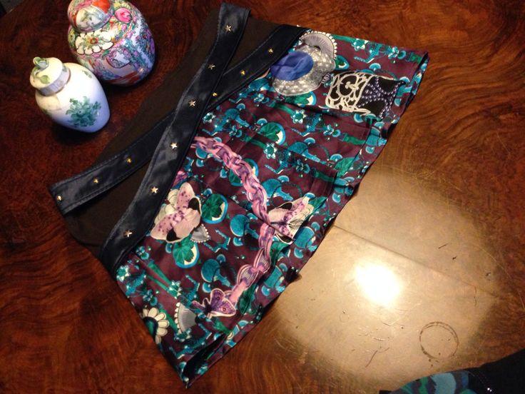 #Custo from #Barcelona! Black #miniskirt floral print double silk belt