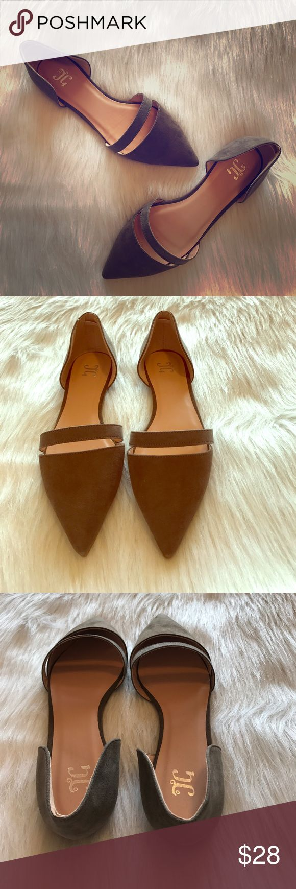NWOT Taupe Pointed Toe Flats Never worn! Perfect condition! Taupe colored pointed toe flats. Shoes Flats & Loafers