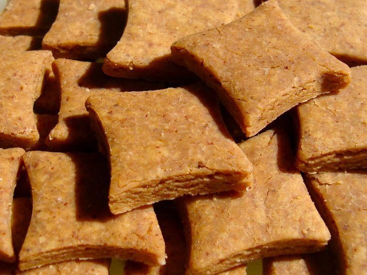 Nous voilà de retour avec une nouvelle recette : les petits vegans. Chien intolérants au gluten ? au lactose ?ne renoncez pas aux biscuits fait maison ! D'autant plus pour