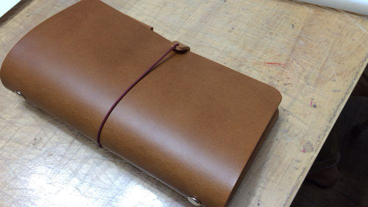 가죽공예 일일수업에 만드신 시스템 다이어리 LeatherStar 2HCHIC