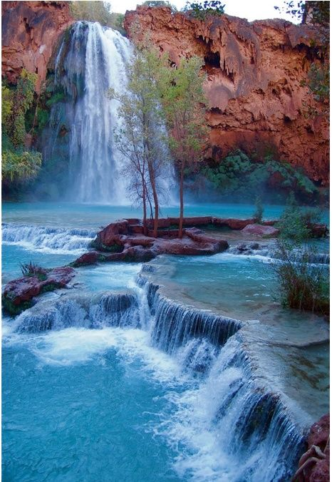 Waterfalls Havasupai Falls in the Grand Canyon National Park, AZ, USA