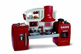 LITTLE TIKES COOK 'N' GROW KITCHEN - Kitchen expands and grows with your child