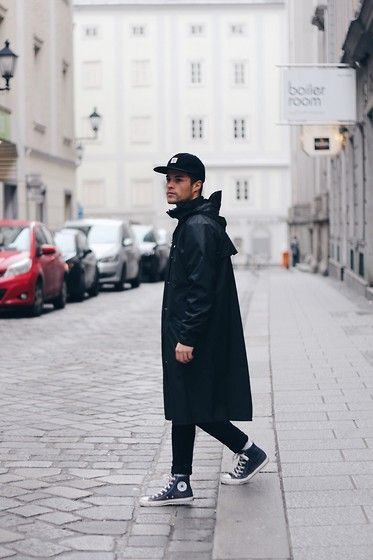 Get this look: http://lb.nu/look/7973406 More looks by Kevin Elezaj: http://lb.nu/kevinelezaj Items in this look: Converse Sneakers, H&M Jeans, Rains Parka, Obey Cap