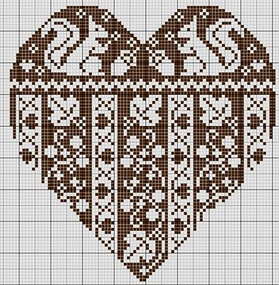 gazette94: HALLOWEEN/ AUTOMNE LOVE this site~ many wonderful free x-stitch patterns. If you click on the picture, cut & paste to a document the pattern fills the page. So much better for the eyes.