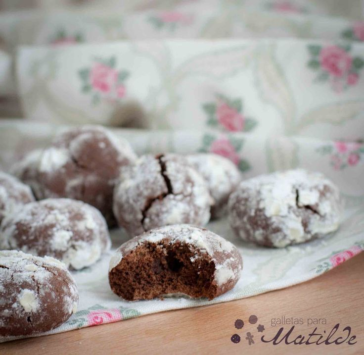 Galletas crinkles de chocolate