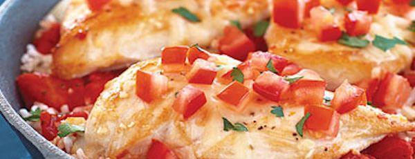 Riz Assaisonné aux Tomates et au Poulet