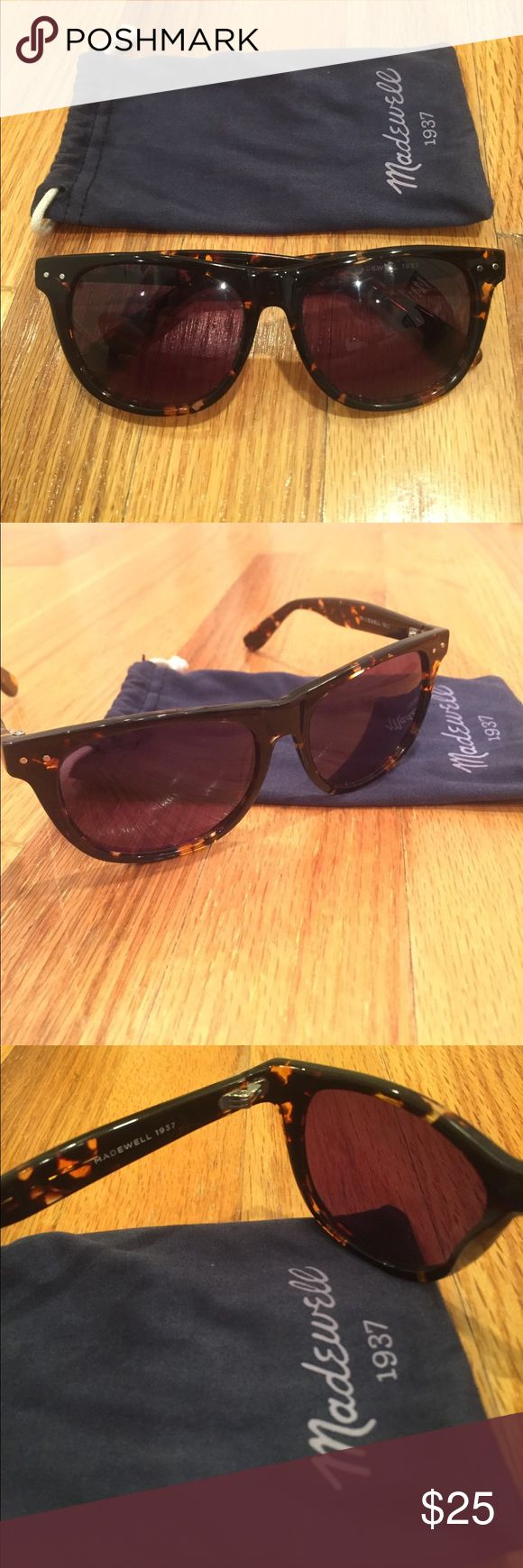Madewell tortoise sunglasses Madewell brown tortoise sunglasses with madewell carrier Madewell Accessories Sunglasses