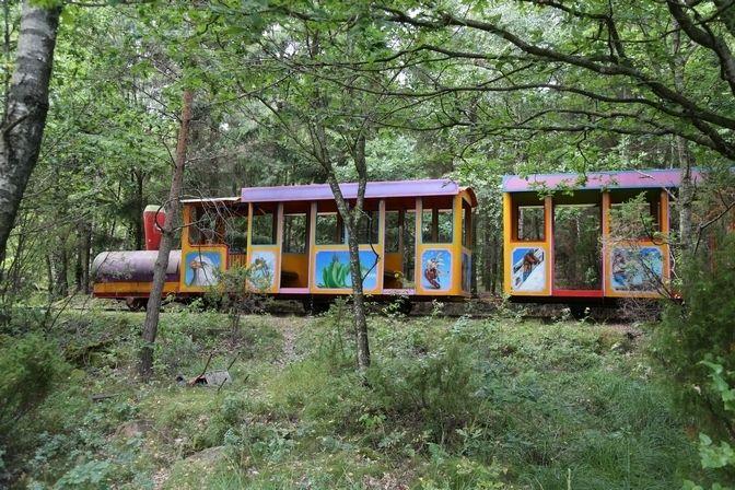 Övergivna platser - Äventyrsparken i skogen