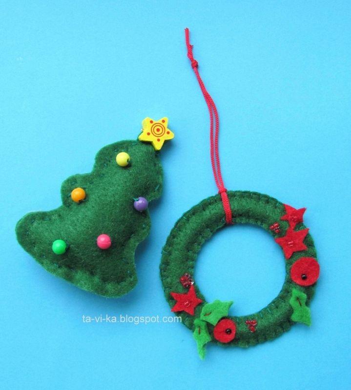 рождественский веночек из фетра