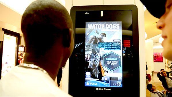 PS4の広告をハッキングせよ 仏デジタルサイネージ施策 #販促会議 | AdverTimes(アドタイ)
