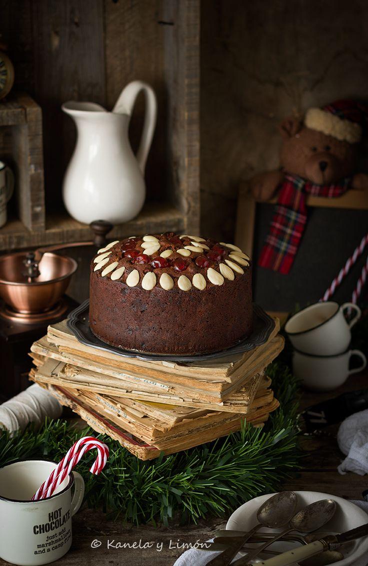 Kanela y Limón:Chocolate Christmas cake. Dos recetas de Navidad y la nueva Mycook Touch, de Taurus.