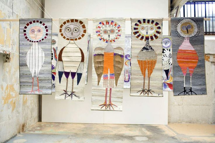 breathtaking, aren't they?             can you see the bird from her garden?          how lovely are these.     guidette carbonell (19...