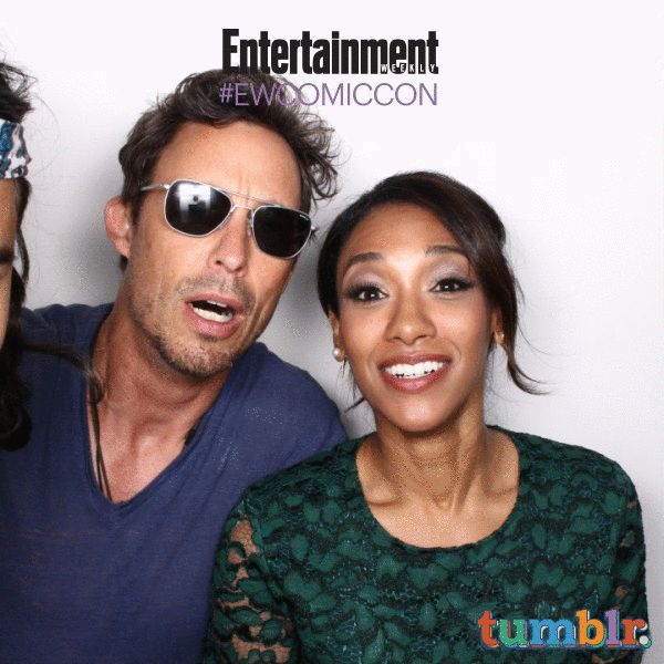 Carlos Valdes, Tom Cavanagh, Candice Patton, Grant Gustin, 'The Flash' #EWComicCon