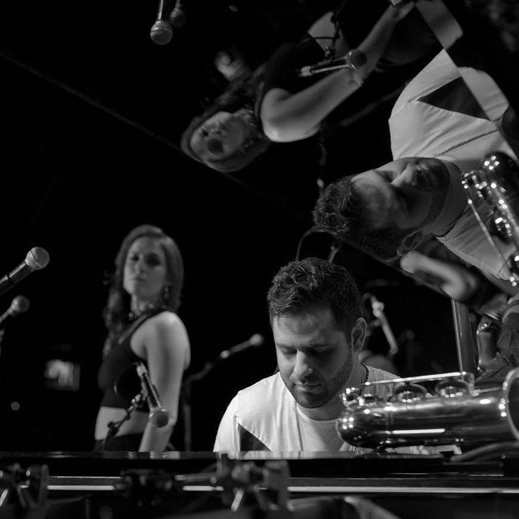 @satellite.mode #performing #live at @bluenotenyc #jazzclub by #leica #photographer #thorstenovergaard #leica10 #nightlife #noctilux #newyork