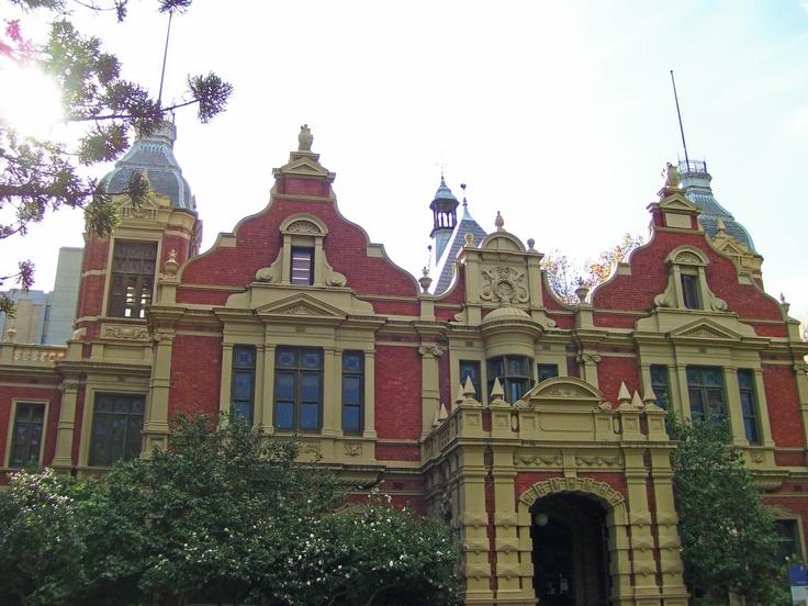 The University of Melbourne entrance, Carlton. Victoria. #Australia. Photo by Dana Bonn.
