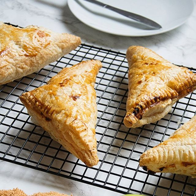 Easy Apple Turnovers Easy Baking Apple Recipes Winter Food