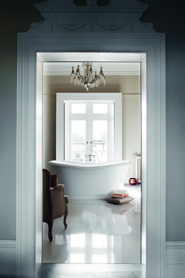 Create A Gorgeous Centrepiece Admiral Bath From Burlington Bathrooms Http Www