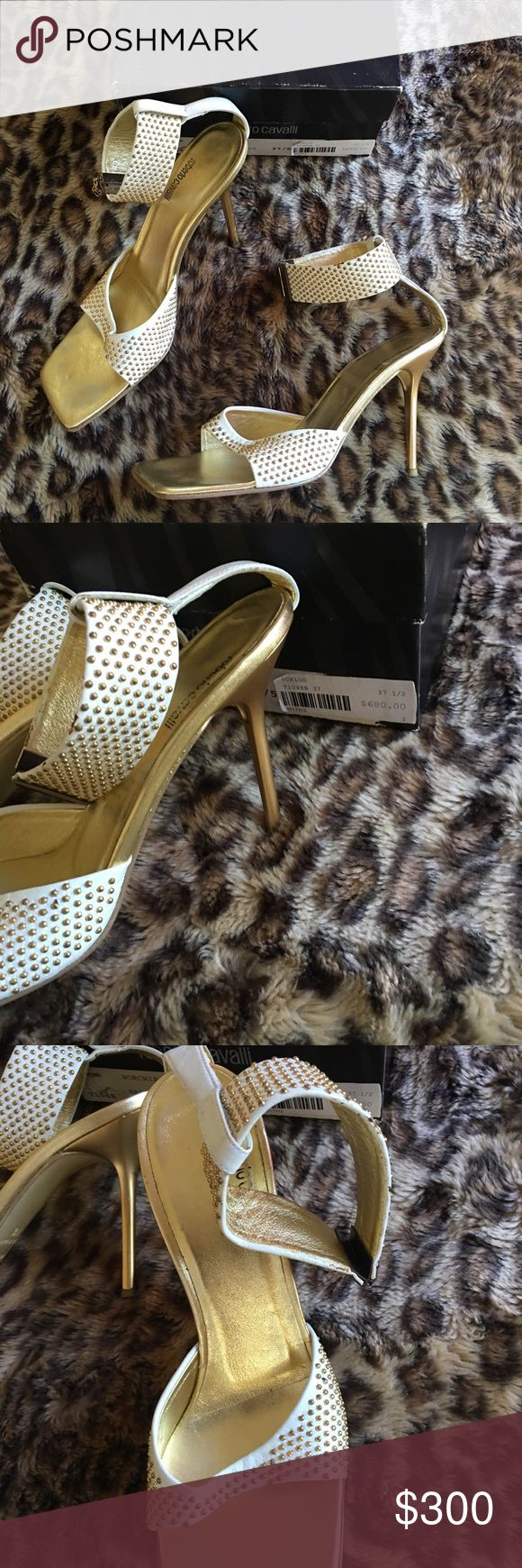 Roberto Cavalli White & Gold Shoes Beautiful white and gold shoes by designer Roberto Cavalli. Worn gently. Roberto Cavalli Shoes Heels